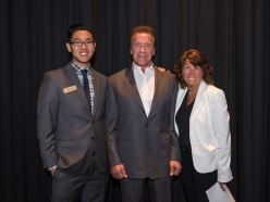 USC Environmental Student Assembly Hosts The Governator