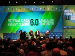 Senator Reid Hosts National Clean Energy Summit